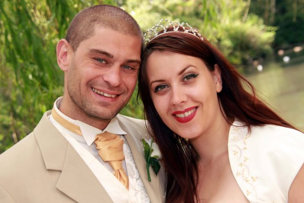 Wedding-Photographer-Surrey-Farnham-Paul-Fitchett-Images-side-1